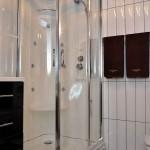 ванная комната в апартаментах