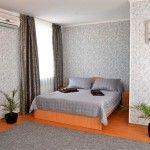 Номер полулюкс гостиницы Бристоль