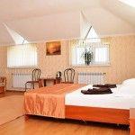 Номер полулюкс гостиницы бердянска